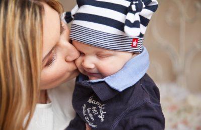 Enlige mødre og homoseksuelles rettigheder